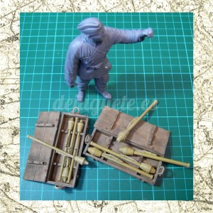 https://dejuguete.es/89-242-thickbox/08-panzerfaust-60-and-faustpatrone-with-closed-box.jpg